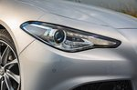 Alfa Romeo Giulia 2020 headlight detail