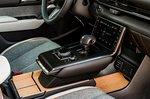 Mazda MX-30 2020 front console