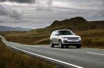 Range Rover 2021 wide front cornering