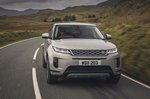 Range Rover Evoque 2021 head-on tracking