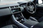 Range Rover Sport 2020 wide dashboard.