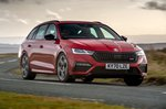 Skoda Octavia vRS Estate 2020 Front 3/4 tracking