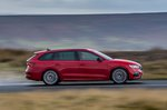 Skoda Octavia vRS Estate 2020 Right tracking