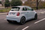 Fiat 500 Electric 2020 rear tracking