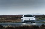 Volkswagen Golf GTI 2021 Front cornering