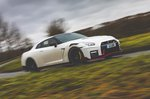 Nissan GT-R 2021 right panning
