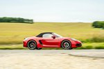 Porsche 718 Boxster 2021 right panning