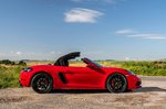 Porsche 718 Boxster 2021 right roof opening