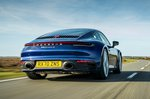Porsche 911 2021 rear tracking