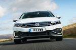 Volkswagen Passat GTE 2021 front tracking