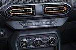 Dacia Sandero Stepway 2021 interior detail