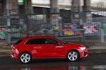 Audi A3 2021 right panning