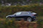 Jaguar I-Pace 2021 left panning