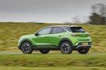 Vauxhall Mokka-e 2021 left panning
