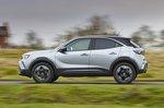 Vauxhall Mokka 2021 left panning