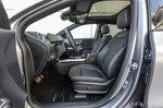 Mercedes EQA 2021 front seats