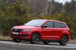 Skoda Karoq 2021 left tracking