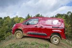 Vauxhall Combo Cargo 4x4 tackles hill