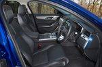 Jaguar XF Sportbrake 2021 front seats