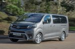Toyota Proace Verso 2021 front left tracking