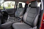 Isuzu D-Max 2021 front seats
