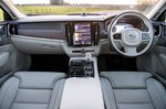 Volvo S90 2021 dashboard