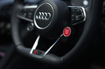 Audi R8 2021 steering wheel detail