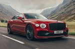 Bentley Flying Spur 2021 front right tracking
