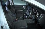 Kia Ceed 2021 interior front seats