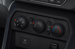Dacia Sandero 2021 RHD heating controls