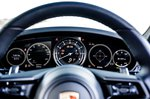 Porsche 911 2022 driver display