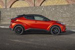 Toyota C-HR 2021 right side static