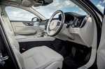 Volvo V60 Cross Country 2021 interior front seats