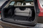 Volvo V60 Cross Country 2021 boot open
