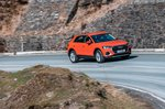 Audi Q3 2021 right tracking