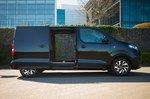 Citroën e-Dispatch 2021 right static side doors open