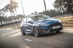 Ford Fiesta ST 2021 front right tracking