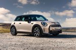 Mini 3-door hatchback 2021 front right static