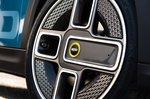 Mini Electric 2021 wheel detail