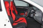 Honda Civic Type R 2021 interior front seats