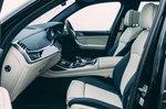 Alpina XB7 2021 interior front seats