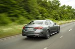 Mercedes C-Class 2021 rear right tracking