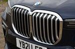 BMW X7 2021 grille detail
