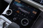 Range Rover Velar 2021 interior detail