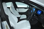 Tesla Model S 2021 interior front seats