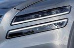 Genesis GV80 2021 headlight detail