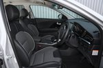 Kia e-Niro 2021 interior front seats