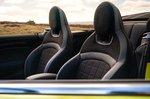 Mini Convertible 2021 front seats