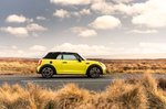 Mini Convertible 2021 right static roof up