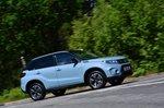 Suzuki Vitara 2021 right tracking